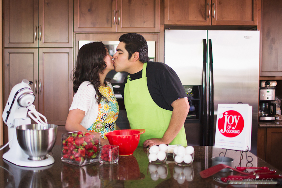 kelseaholder_picnic_baking_engagement001