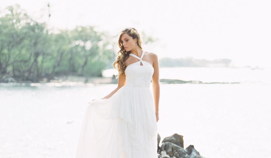 Puako hawaii wedding kelsea holder photography for Wedding dress rental hawaii